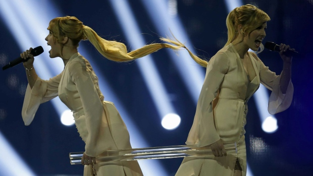 Russia sisters at Eurovision 2014