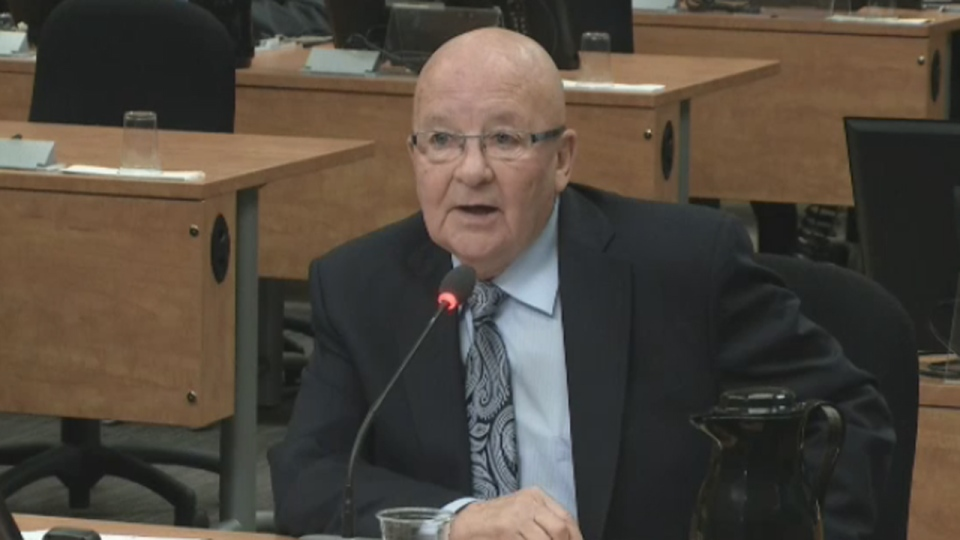Guy Chevrette, former PQ Transportation Minister, testifies at the Charbonneau Commission (May 8, 2014)