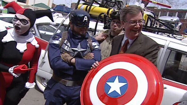 Ottawa mayor Jim Watson with Comiccon superheroes