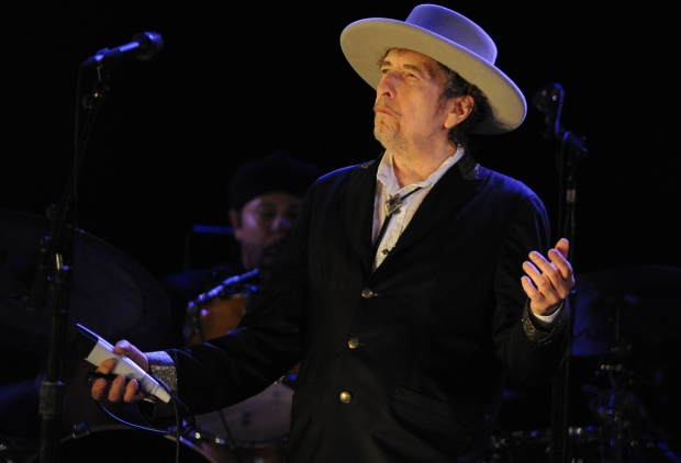 Bob Dylan releases new track