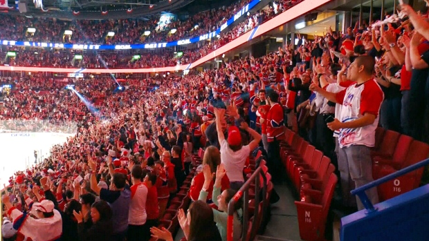 LIVE2: Fans cheer on the Habs for Game 7