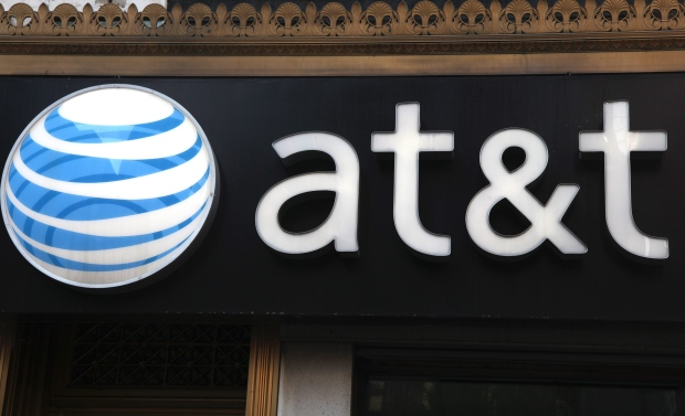 AT&T announces deal to buy DirectTV