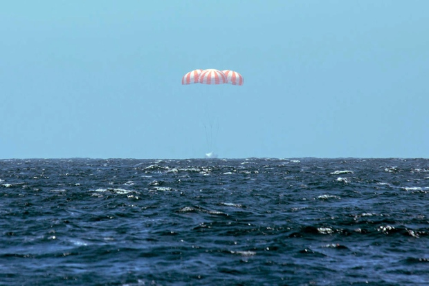 SpaceX returns to Earth from ISS