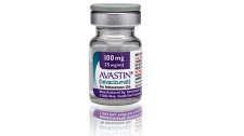 U.S. revokes approval of Avastin for breast cancer