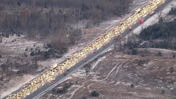 Truck crash snarls southbound Hwy  400 | CTV News Toronto