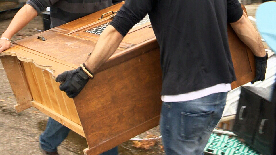 Man Finds His Furniture For Sale After Home Relocated And Resold Without His Knowledge Ctv News
