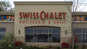 A Swiss Chalet restaurant location in Oakville, Ont., is seen on Wednesday, Oct. 22, 2008. (Richard Buchan / The Canadian Press)