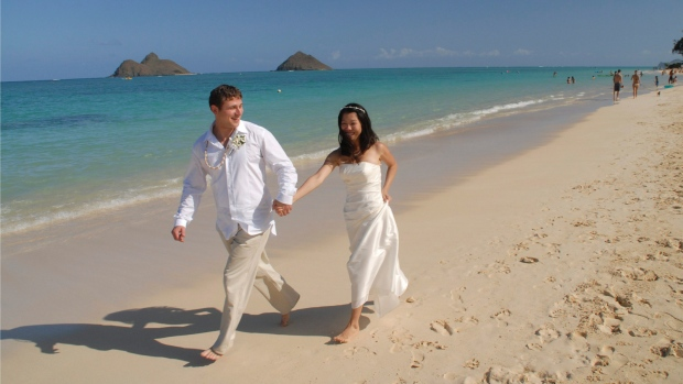Destination Wedding Guests Dilemma To Gift Or Not To Gift Ctv News