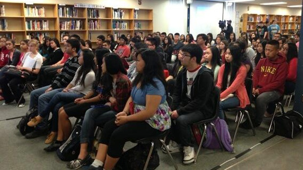 Sisler High School students gather to watch surgery at Pan Am Clinic streamed live around world.