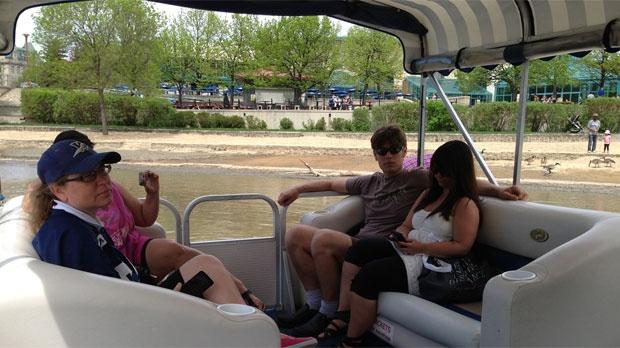 A Splash Dash boat cruises in Winnipeg on May 29, 2014.