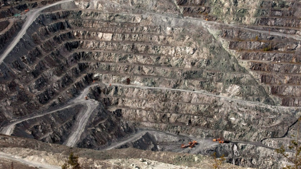 tories shutdown asbestos mine