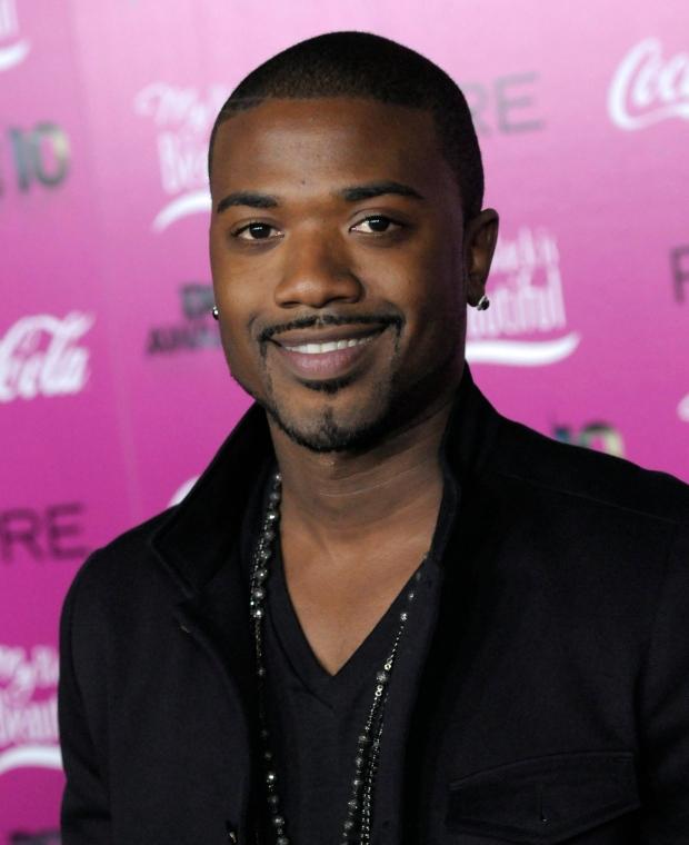 Singer Ray J