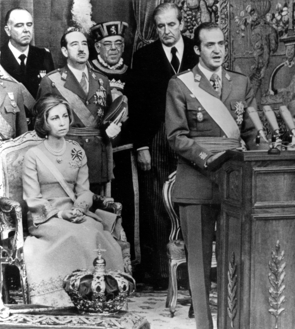 King Juan Carlos speaks during his first official address as King during a ceremony where he was crowned and proclaimed King of Spain, Nov. 22, 1975. (AP)
