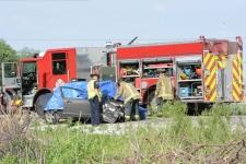 Woman dead after Halton Hills crash