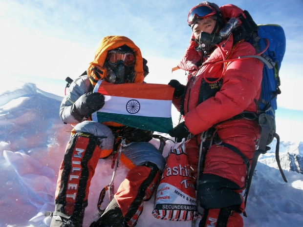 Indian girl youngest to scale Everest