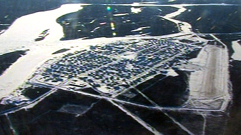 Attawapiskat, northern Ontario community, Attawapiskat map, Attawapiskat aerial