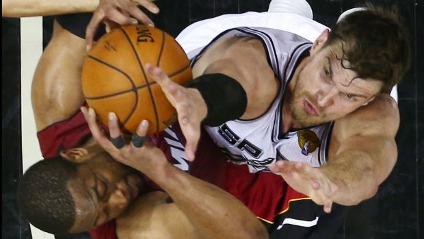 San Antonio Spurs beat Miami Heat