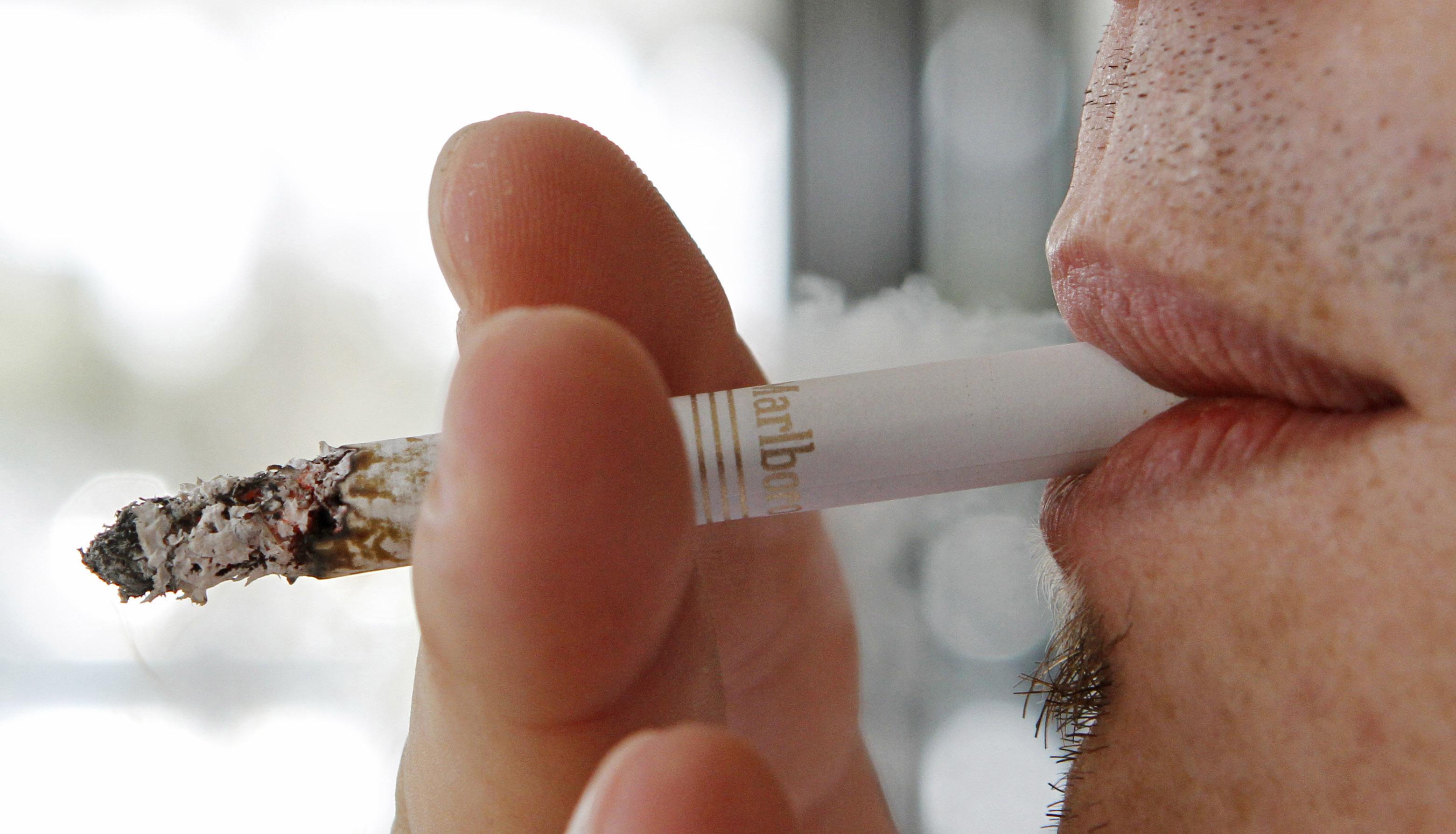 Cost Marlboro cigarettes China