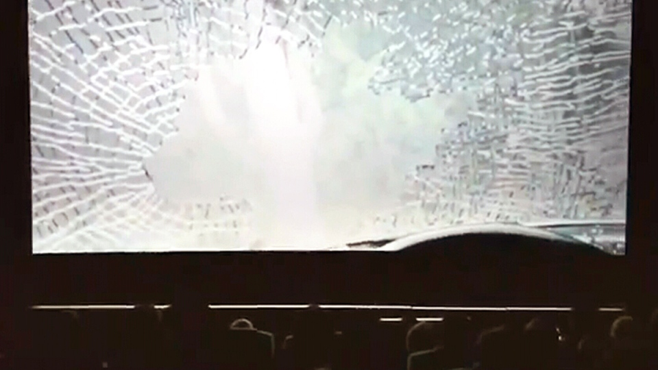 Moviegoers at the MCL Cinema in Hong Kong were stunned by a Volkswagen ad that sent them an in-theatre text while a car crashed on the screen.