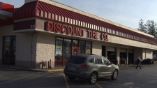 Canadians make up 50 per cent of business on the weekends at Discount Tire in Bellingham, Washington. (CTV)
