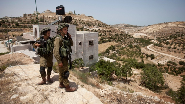 Israeli soldiers search for missing teens