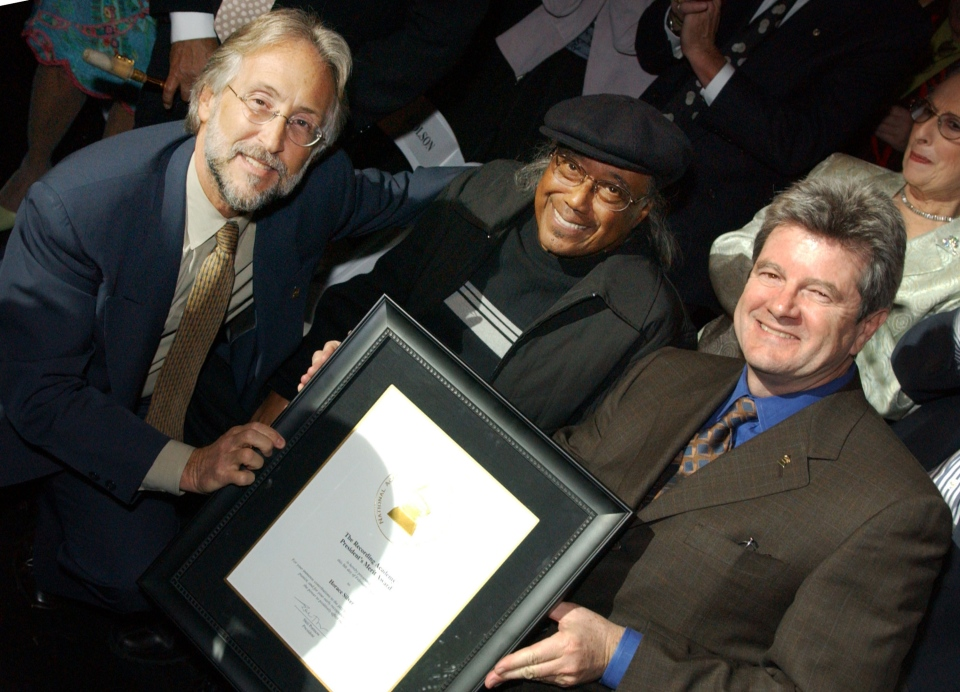 This photo provided by courtesy of The Recording Academy shows Horace Silver, centre, during the Grammy Salute to Jazz in Los Angeles on Feb. 8, 2005. (The Recording Academy)