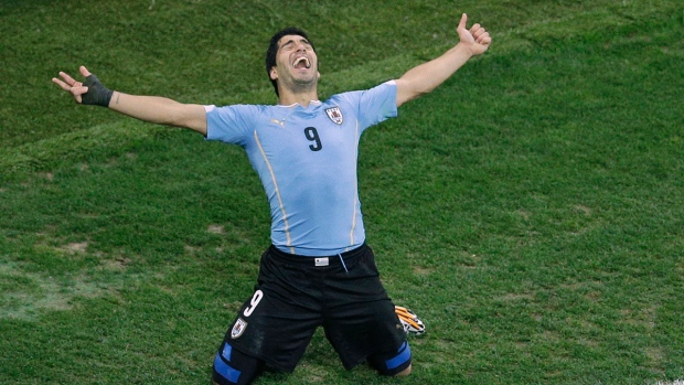 Uruguay defeats England at the World Cup