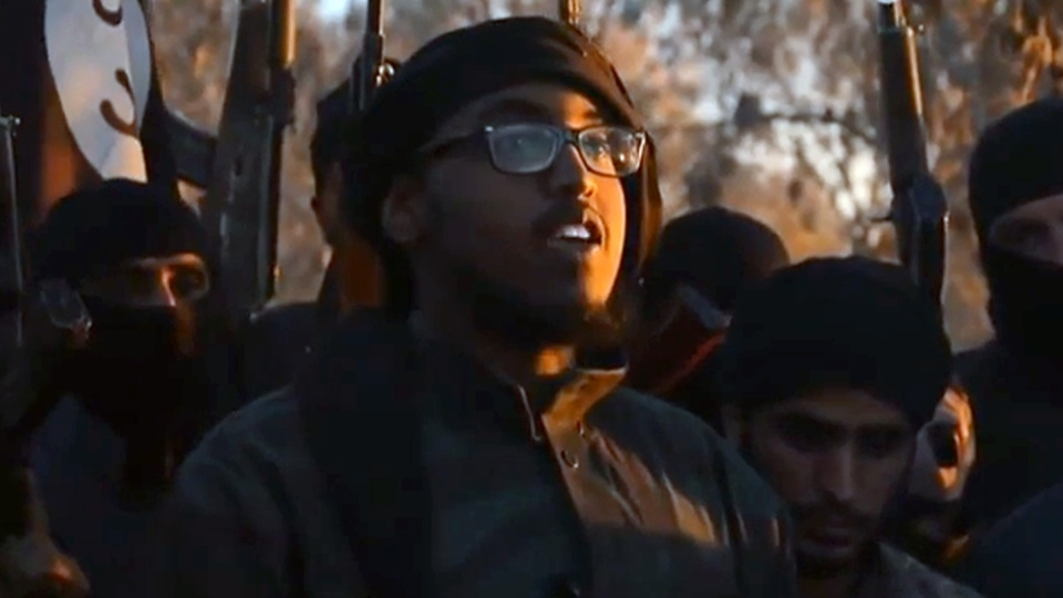 Farah Mohamed Shirdon, centre, in an image from an Islamic State propaganda video.