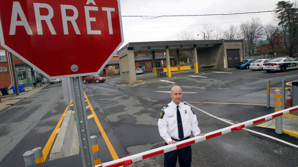 Canada-U.S. border checkpoint in Quebec
