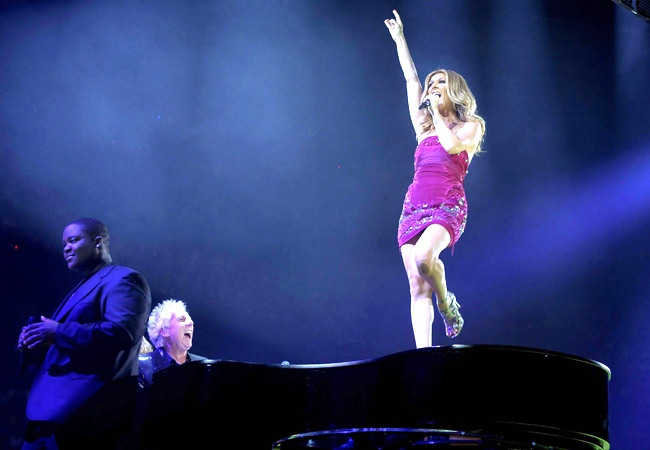 Celine Dion performs to a capacity crowd at the Bell Centre in Montreal on Friday, Aug. 15, 2008. (Graham Hughes / THE CANADIAN PRESS)