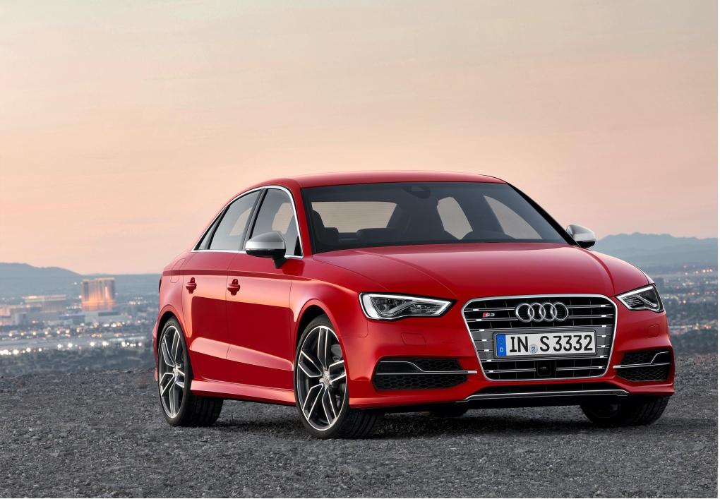 Audi to introduce Apple's CarPlay in 2015