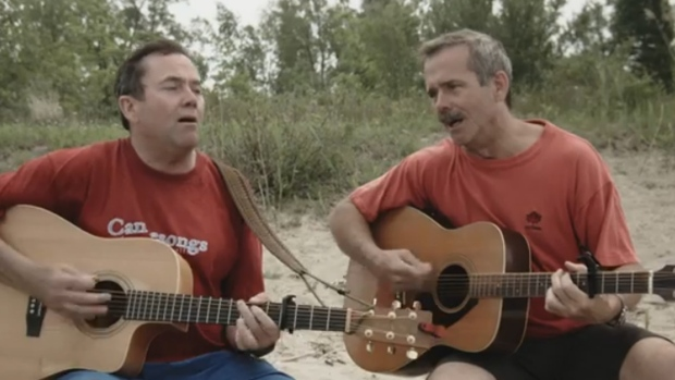 Chris Hadfield, brother sing song 'In Canada'