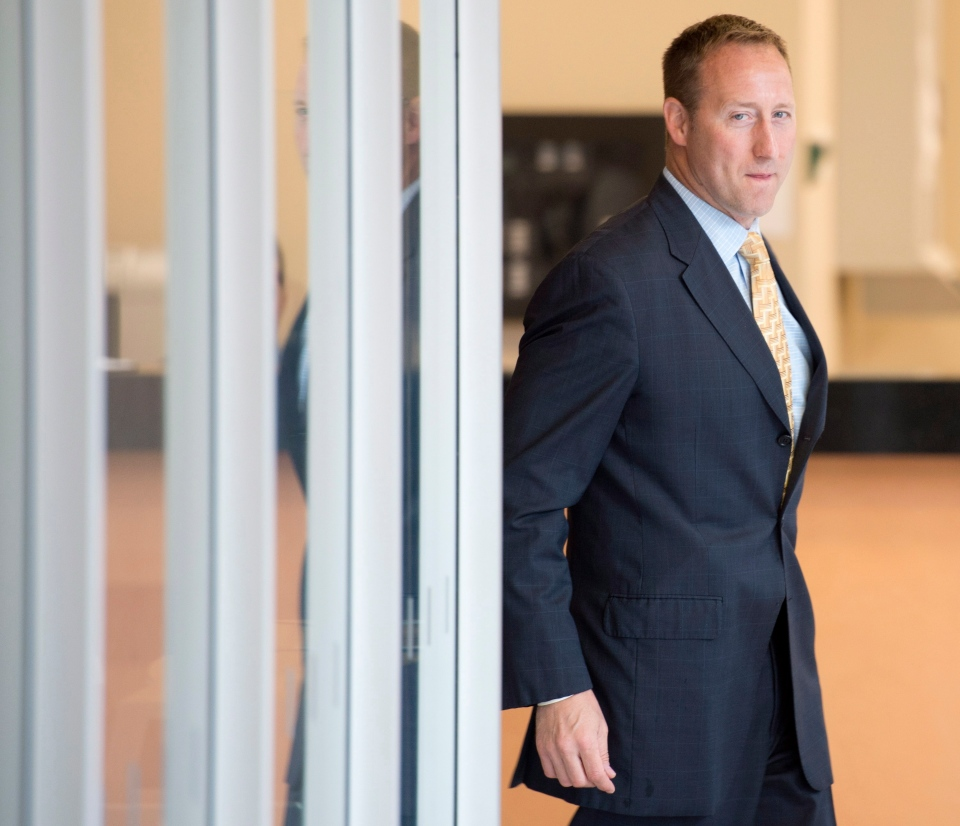 Justice Minister Peter MacKay arrives at a Commons Justice committee meeting in Ottawa, Monday, July 7, 2014. (Adrian Wyld / THE CANADIAN PRESS)