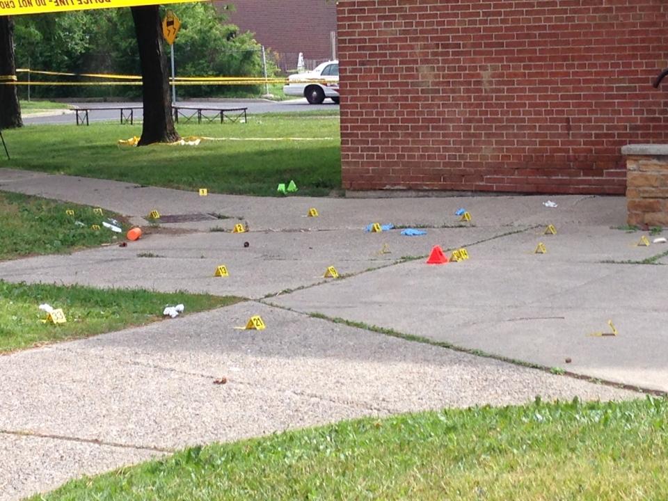 Teacher shot at North York apartment building
