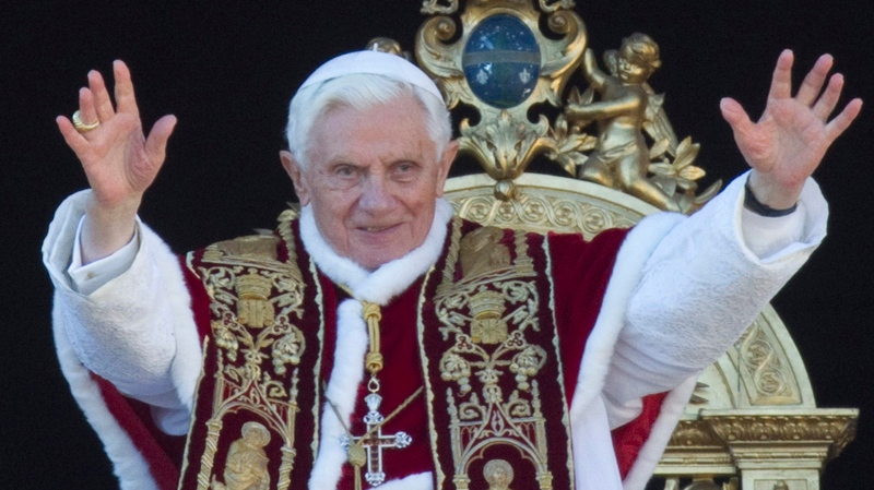 Pope gives Christmas message