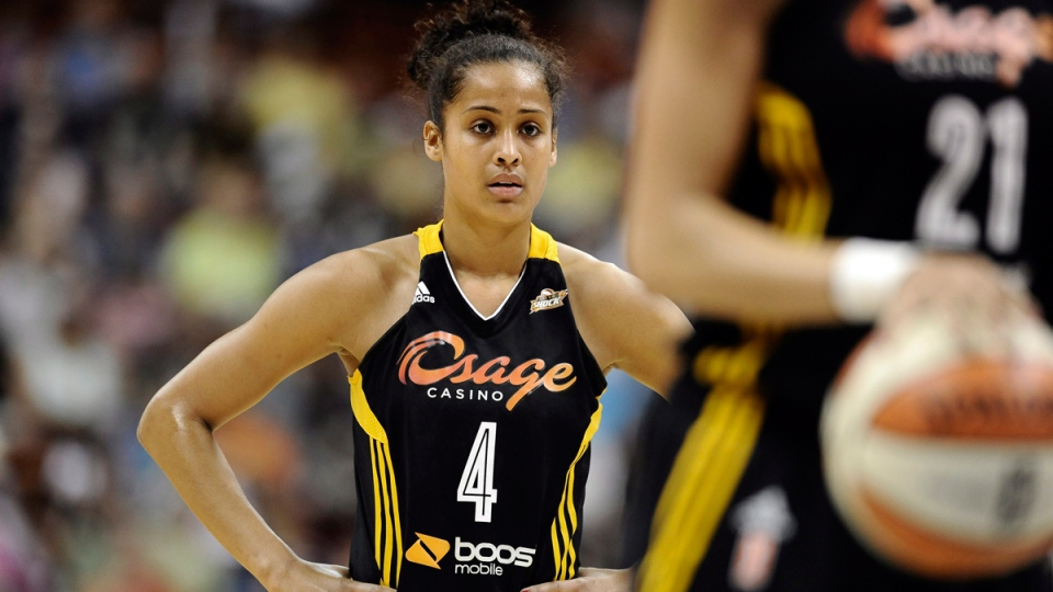 Skylar Diggins watches play in Uncasville, Conn., on July 2, 2013. (Jessica Hill)