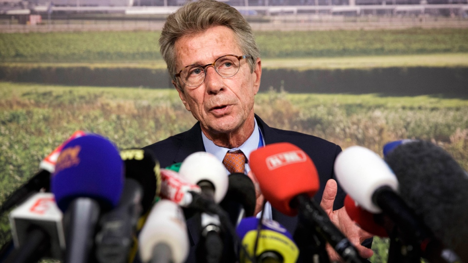 Huib Gorter, senior vice-president of Malaysia Airlines, speaks at a press conference at Schiphol airport in Amsterdam, Thursday, July 17, 2014. (AP / Phil Nijhuis)