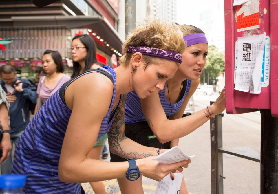 Jackie Skinner and Laura Takahashi at Wan Chai market in Episode 203 of Amazing Race Canada.