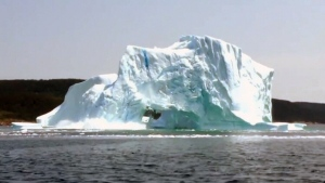 Canada AM: Iceberg collapse caught on camera