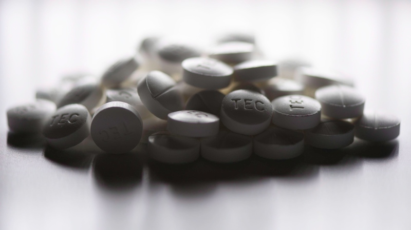 Prescription pills are shown in this June 20, 2012 photo. (Graeme Roy/THE CANADIAN PRESS)