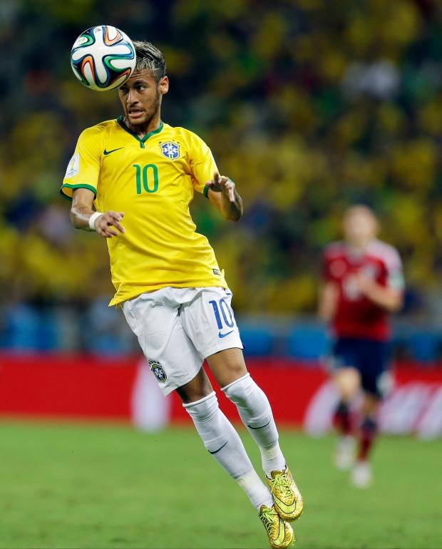 Neymar plays on autopilot, brain activity suggests | CTV NewsNeymar Playing Soccer 2014