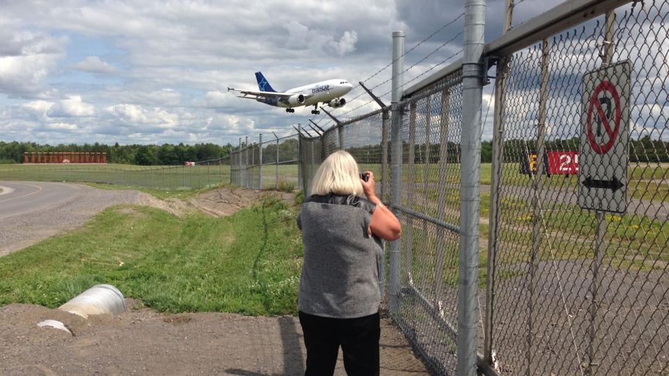 Ottawa plane landing
