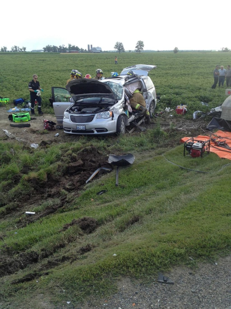 Seven people were taken to hospital after a two-vehicle crash near Milverton, Ont. on Thursday, July 31, 2014. (Perth Fire Chief Bill Hunter / Twitter)
