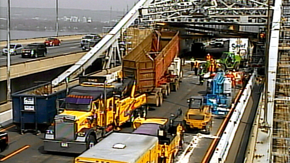 Crews remove dump truck from Burlington Skyway crash site