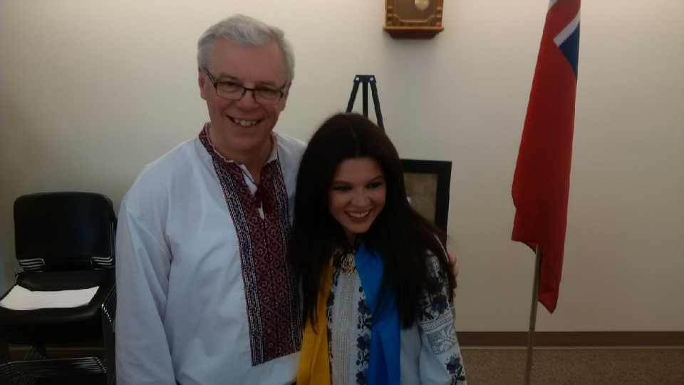 Premier Greg Selinger presents Ukrainian pop singer and political activists Ruslana with the Order of the Buffalo at Canada's National Ukrainian Festival in Dauphin on August 2, 2014.