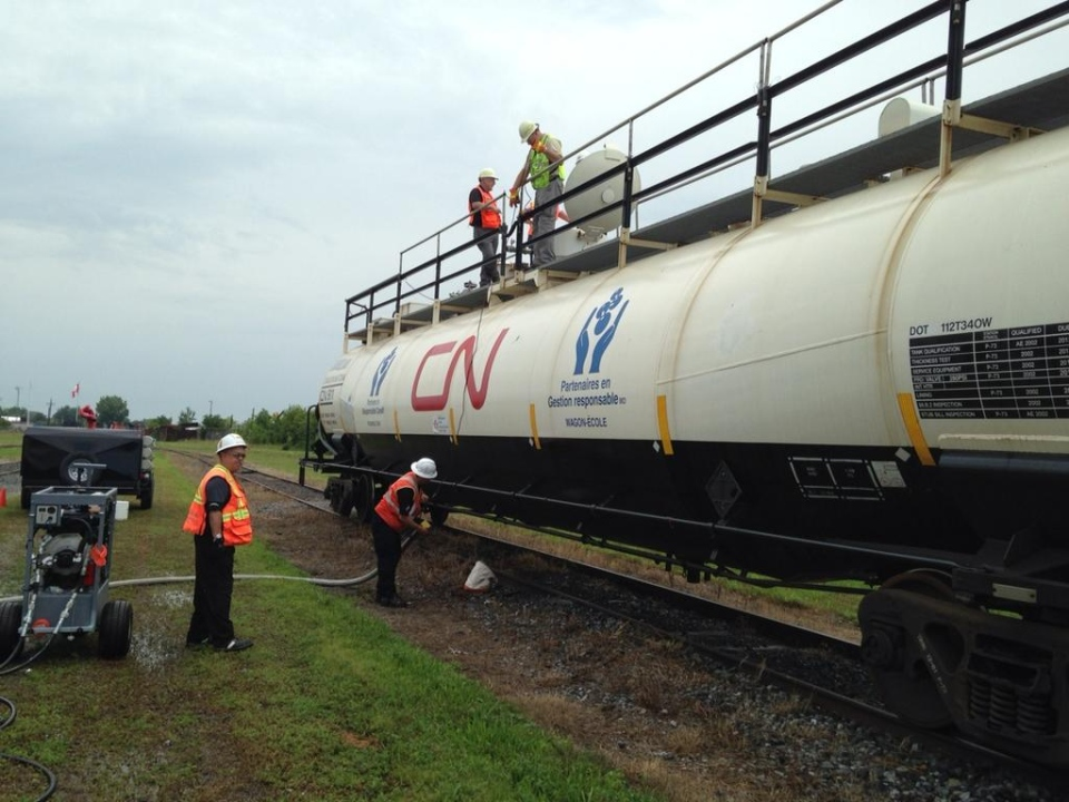 Crews take part in rail emergency exercises in London, Ont. on Tuesday, Aug. 5, 2014. (Sean Irvine / CTV London)