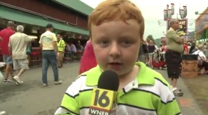 'Apparently kid' Noah Ritter answers reporter Sofia Ojeda's questions at the Wayne County Fair. (Credit: WNEP-TV/YouTube)