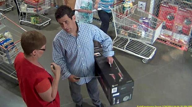 Vacuum Thief S Clean Getaway Captured By Costco S