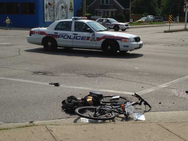 Crash at Wharncliffe and Riverside in London
