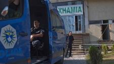 Kosovo police make mass arrest
